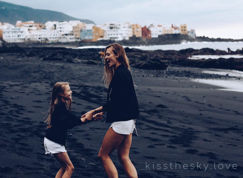 Tańczymy na plaży z ALicją