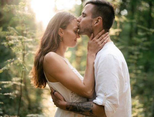 całowanie trzeciego oka jest duchowe